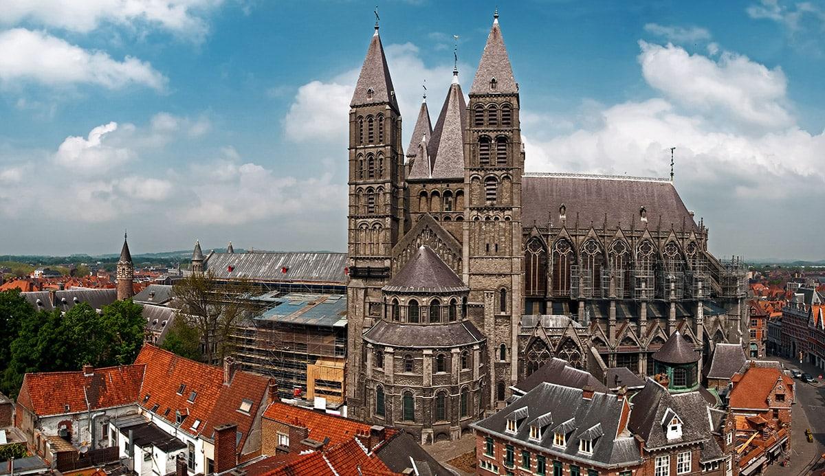 image TournaiCathedral.jpg (0.2MB)